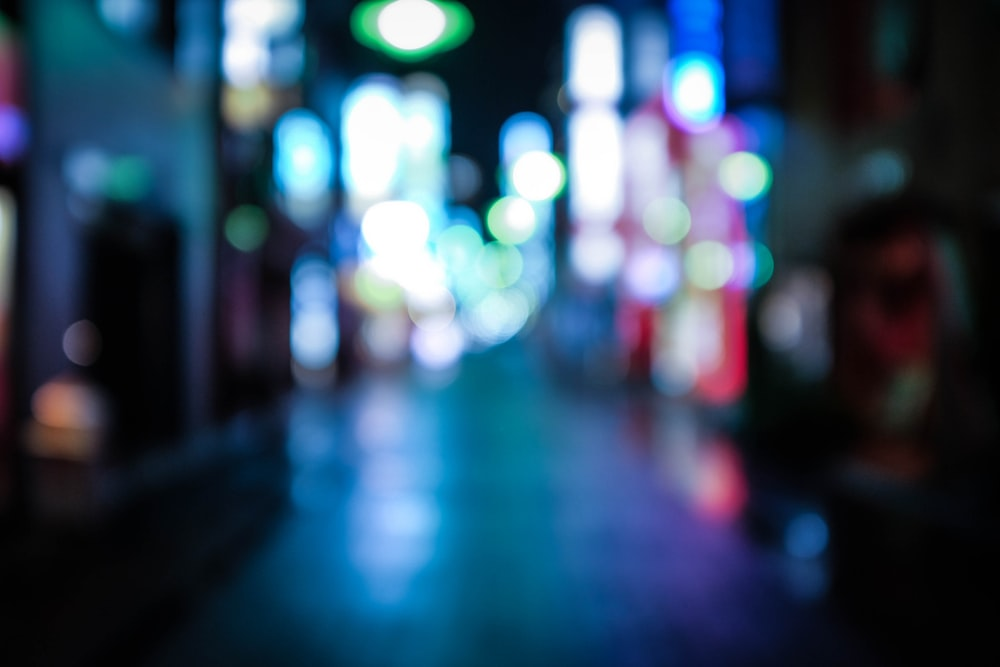 shallow focus photography of city lights