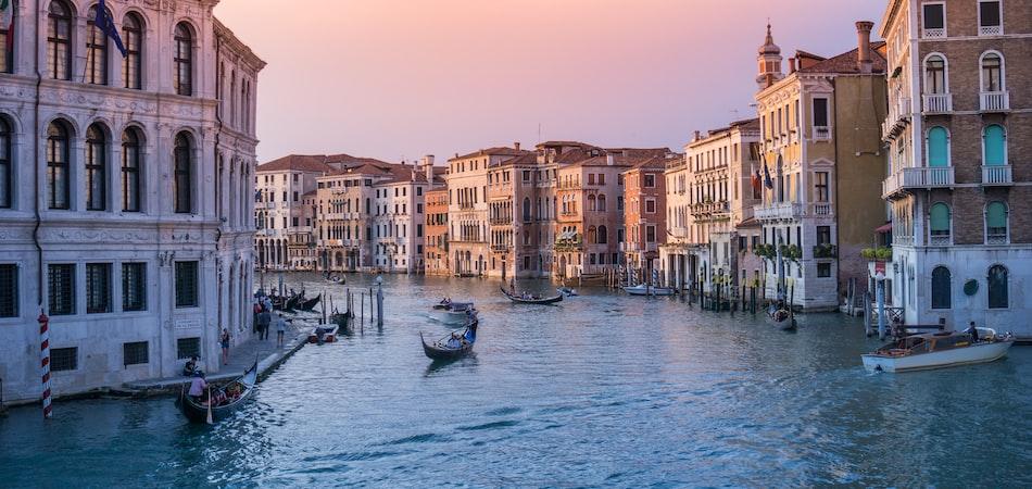 Europe ‐ Venice, London, Paris, Brussels