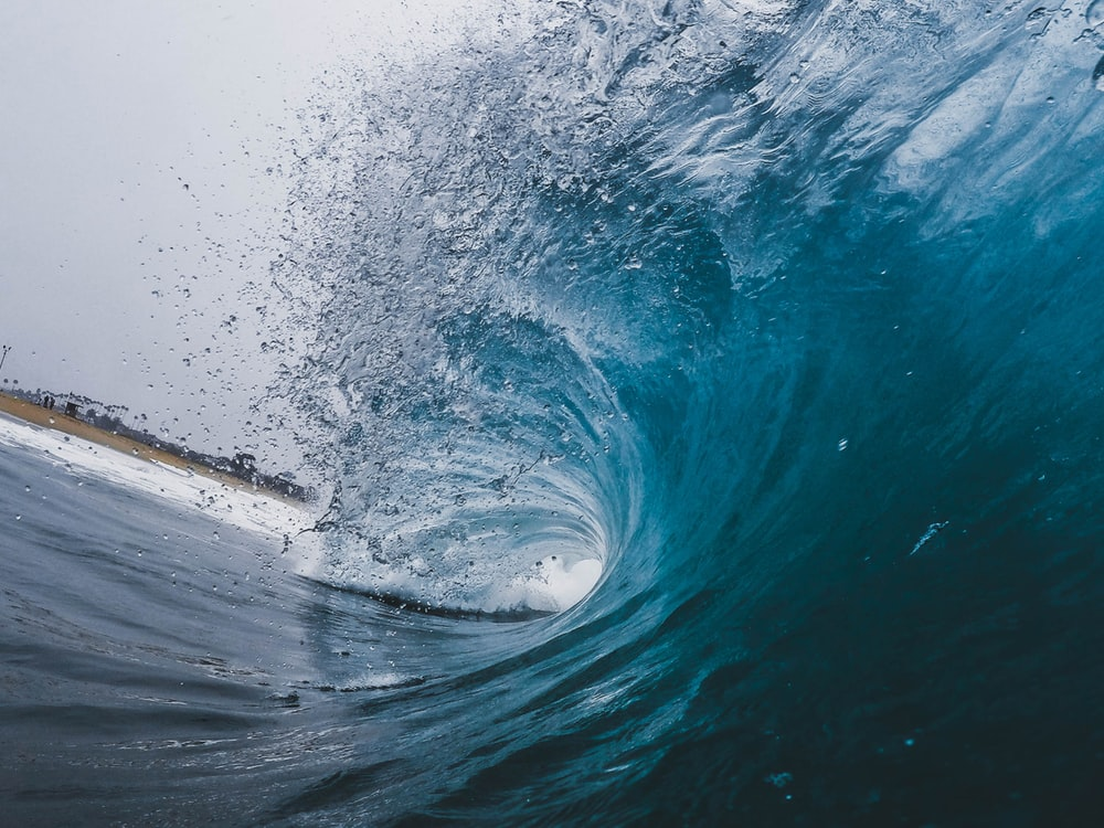 time-lapse photography of ocean waves