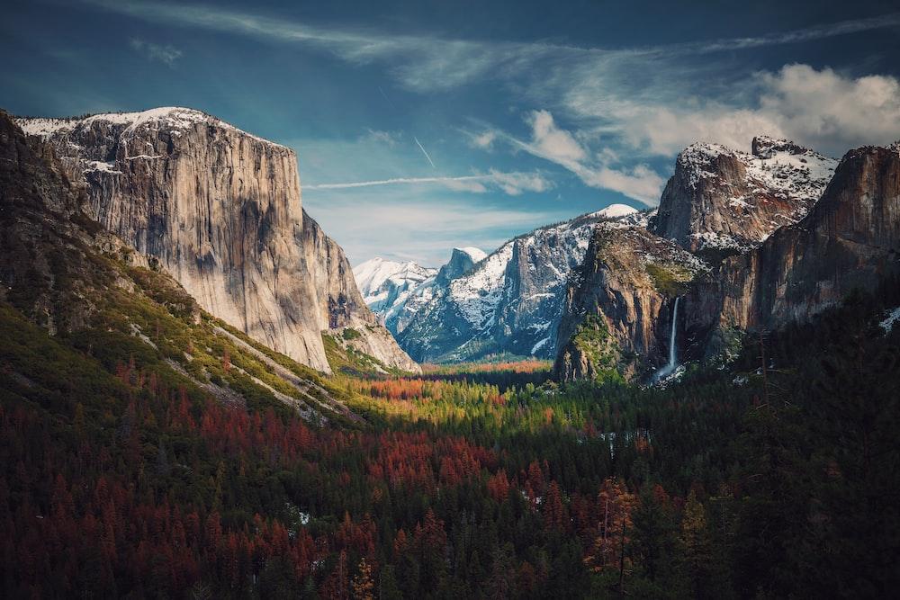 Yosemite Valley Yosemite campgrounds multi-pitch climbing