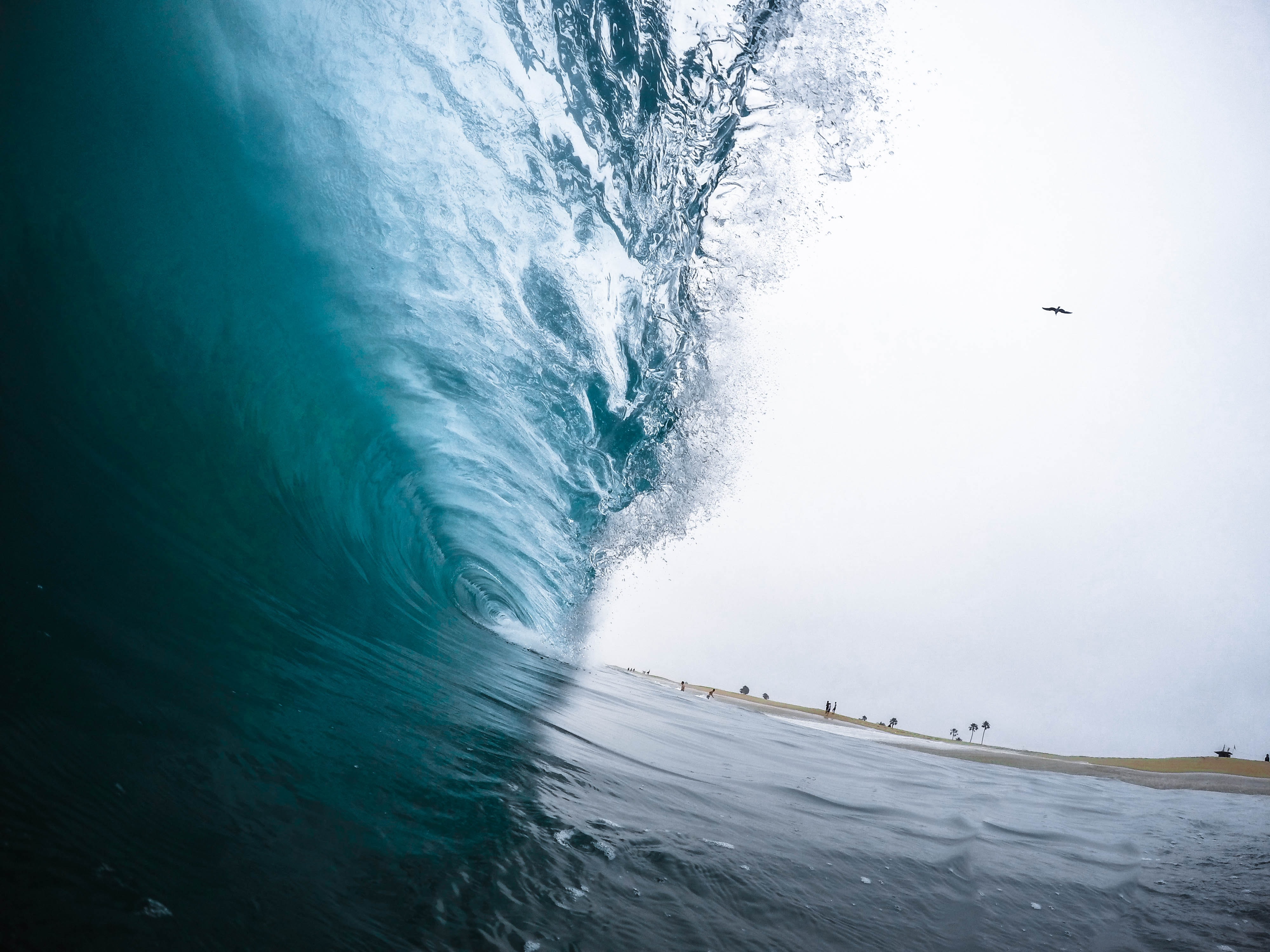 View of the surf wave at Newport Beach