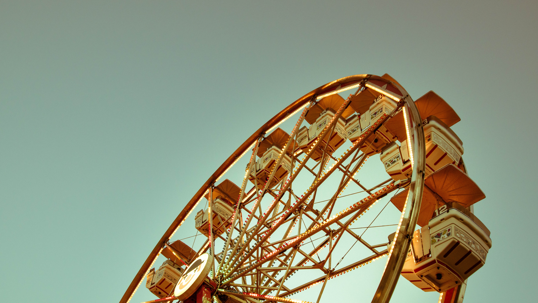 A Ferris wheel against a blue sky in Windsor