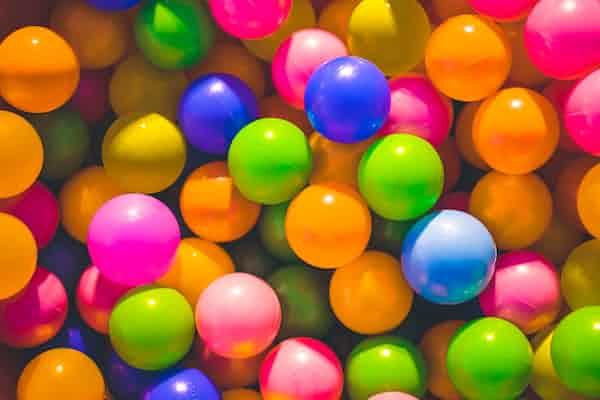 מחשבות על חדר המשחקים: סקירת מאמרה של בטי ג'וזף