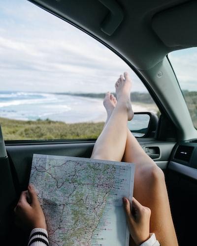 Woman map Gold Coast
