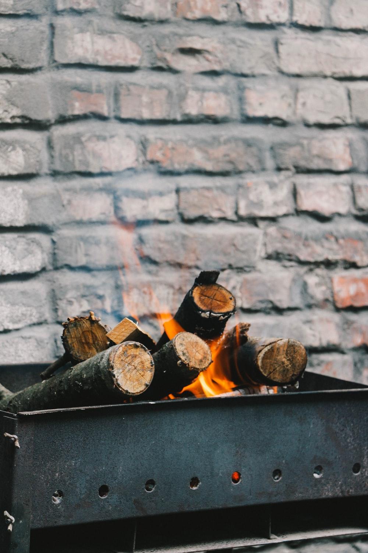 burn woods on black metal case
