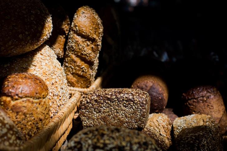 Il pane fresco da ALDI è accompagnato da molti altri prodotti di qualità a prezzi convenienti. Pizze, focacce, snack dolci e salati, biscotti ed altro ancora