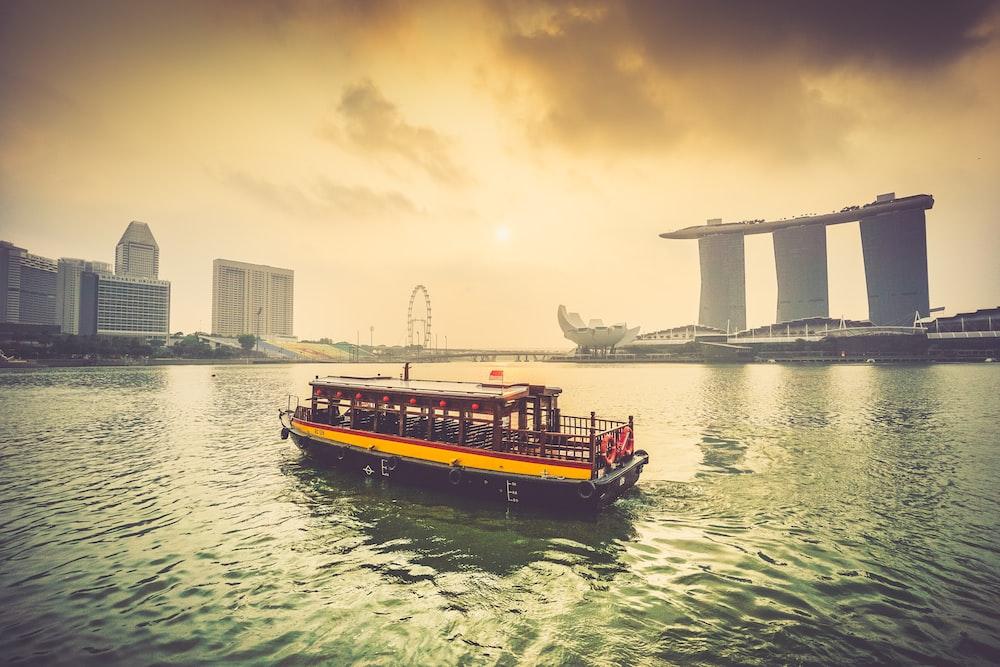 boat sailing on Marina Bay
