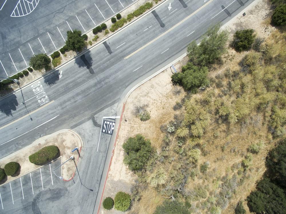 bird's eyeview of gray concrete highway