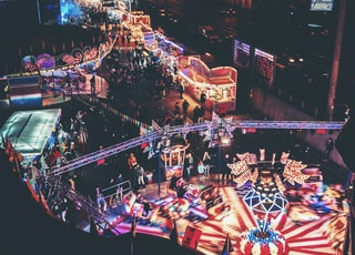 time lapse photo of amusement park taken at nighttime