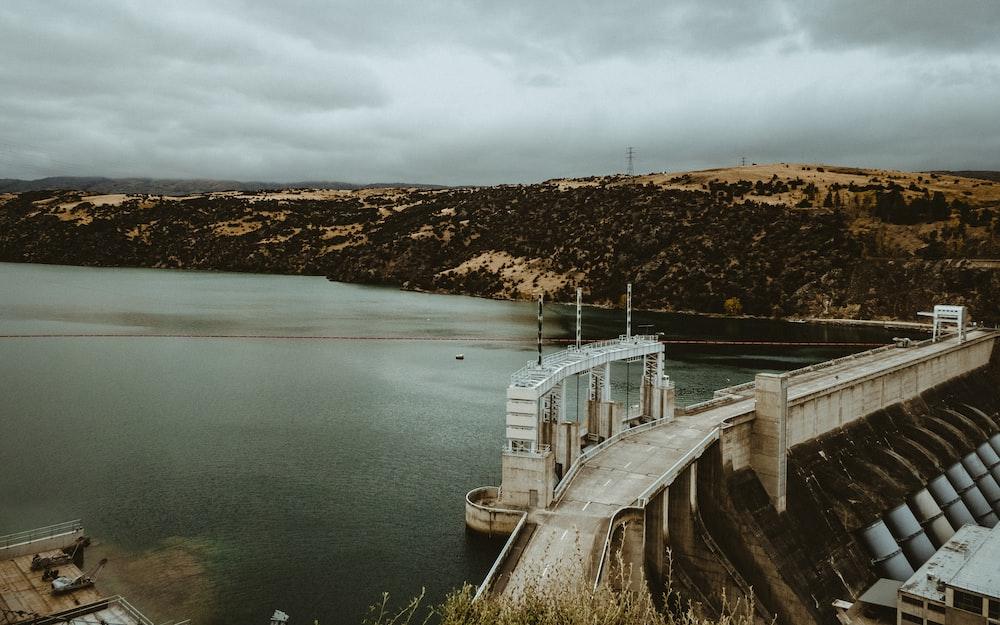 concrete bridge near dam