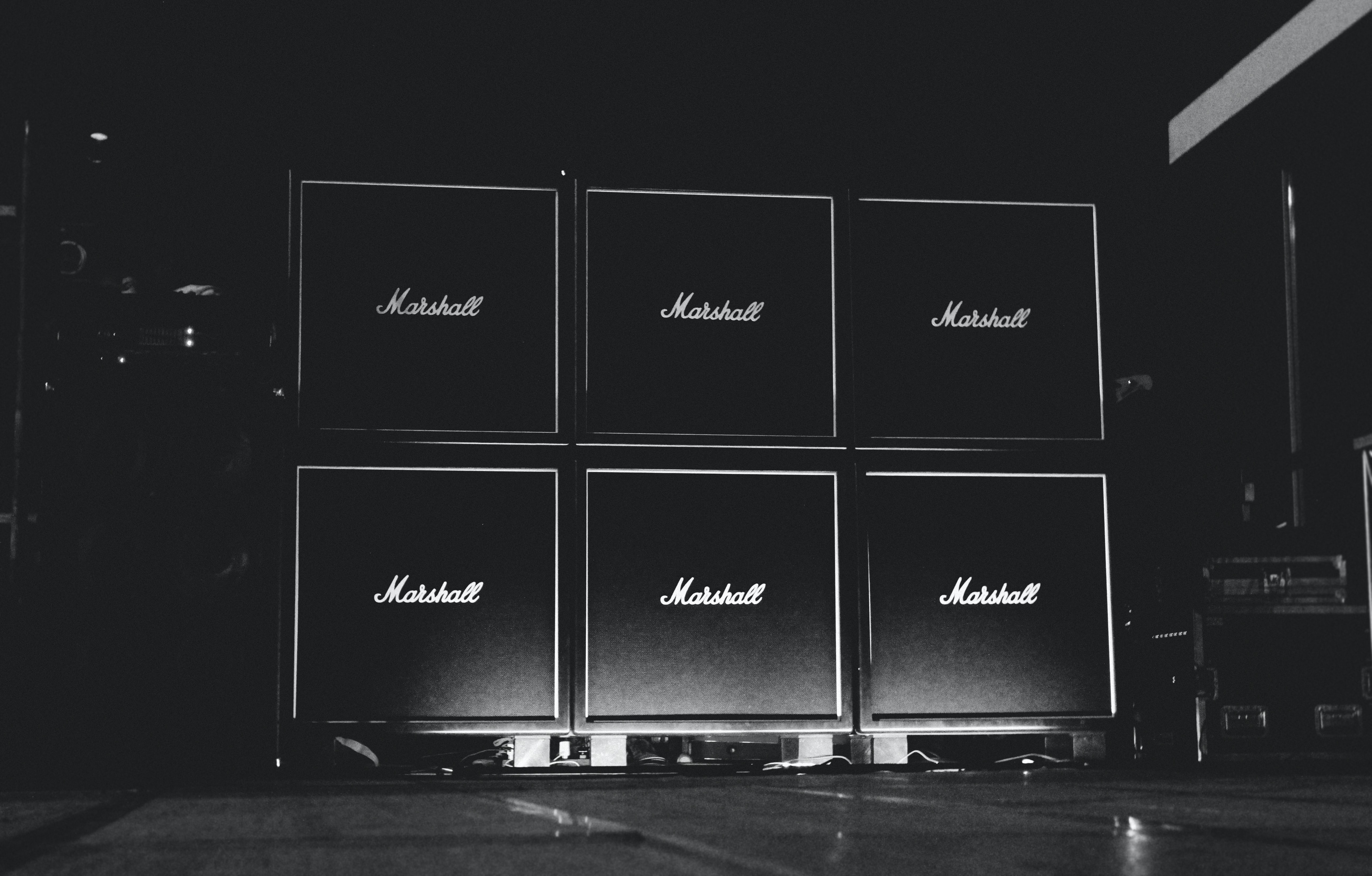 A black-and-white shot of the amplifiers made by Marshall on stage in Bosco Chiesanuova.