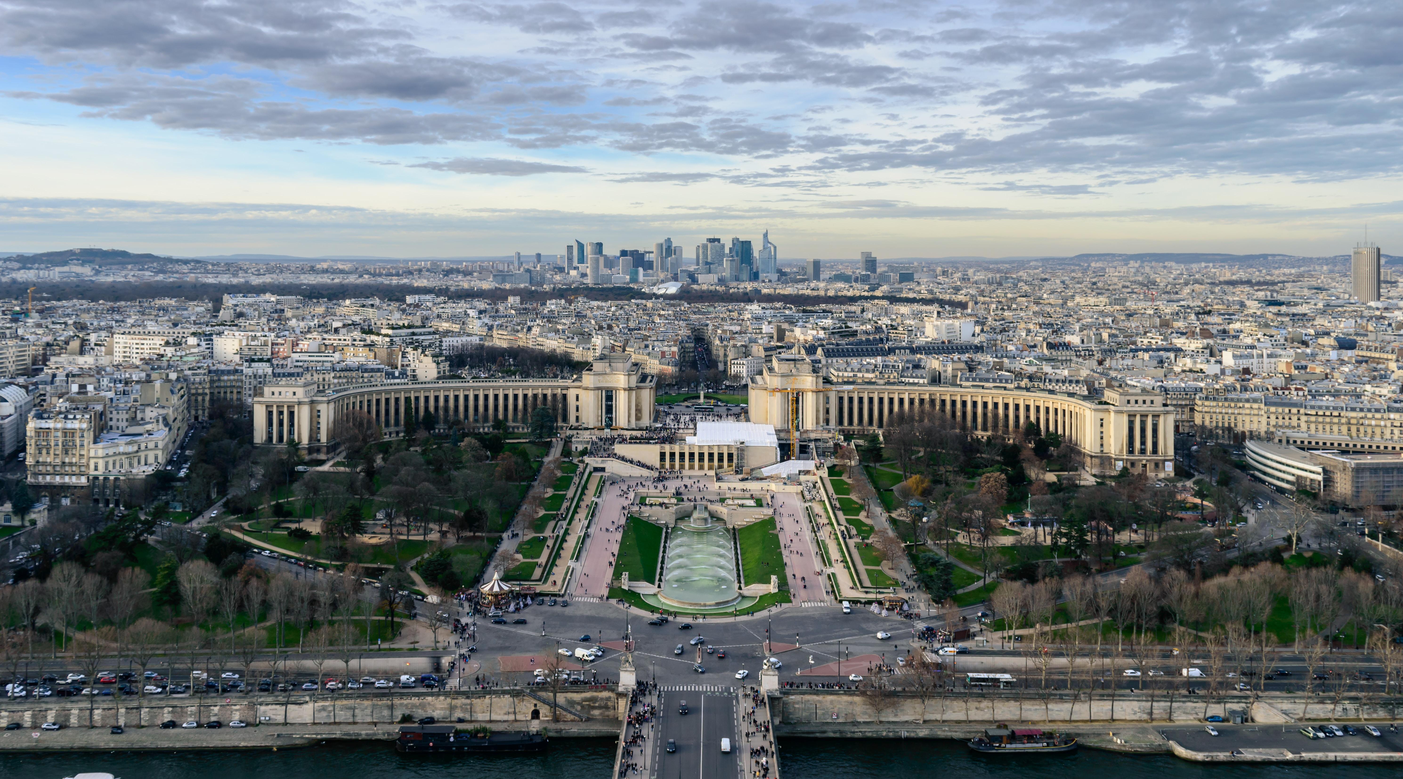 "Paris by <a href=""https://unsplash.com/@chriskaridis"">Chris Karidis</a>"