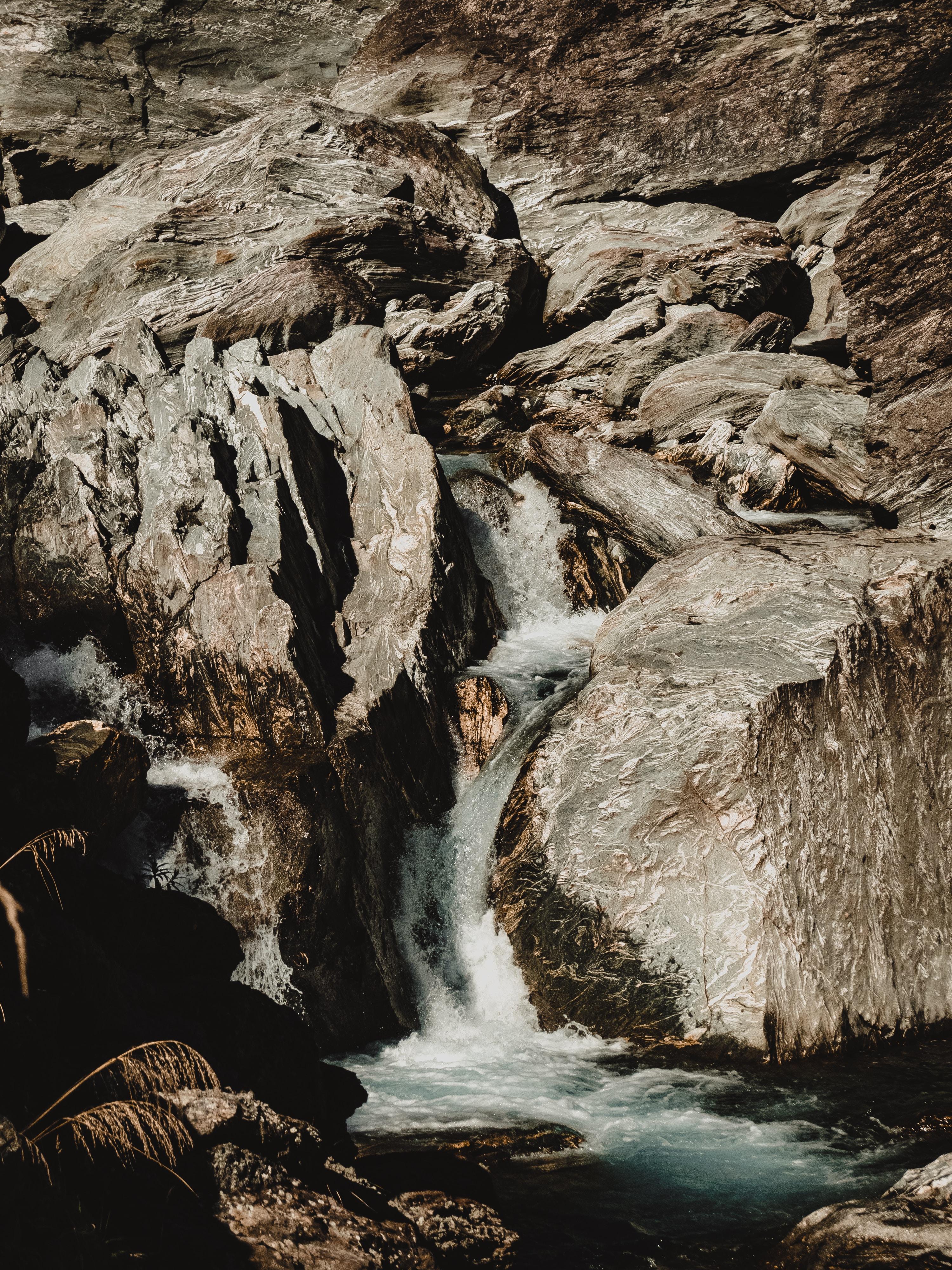 Stratified Falls