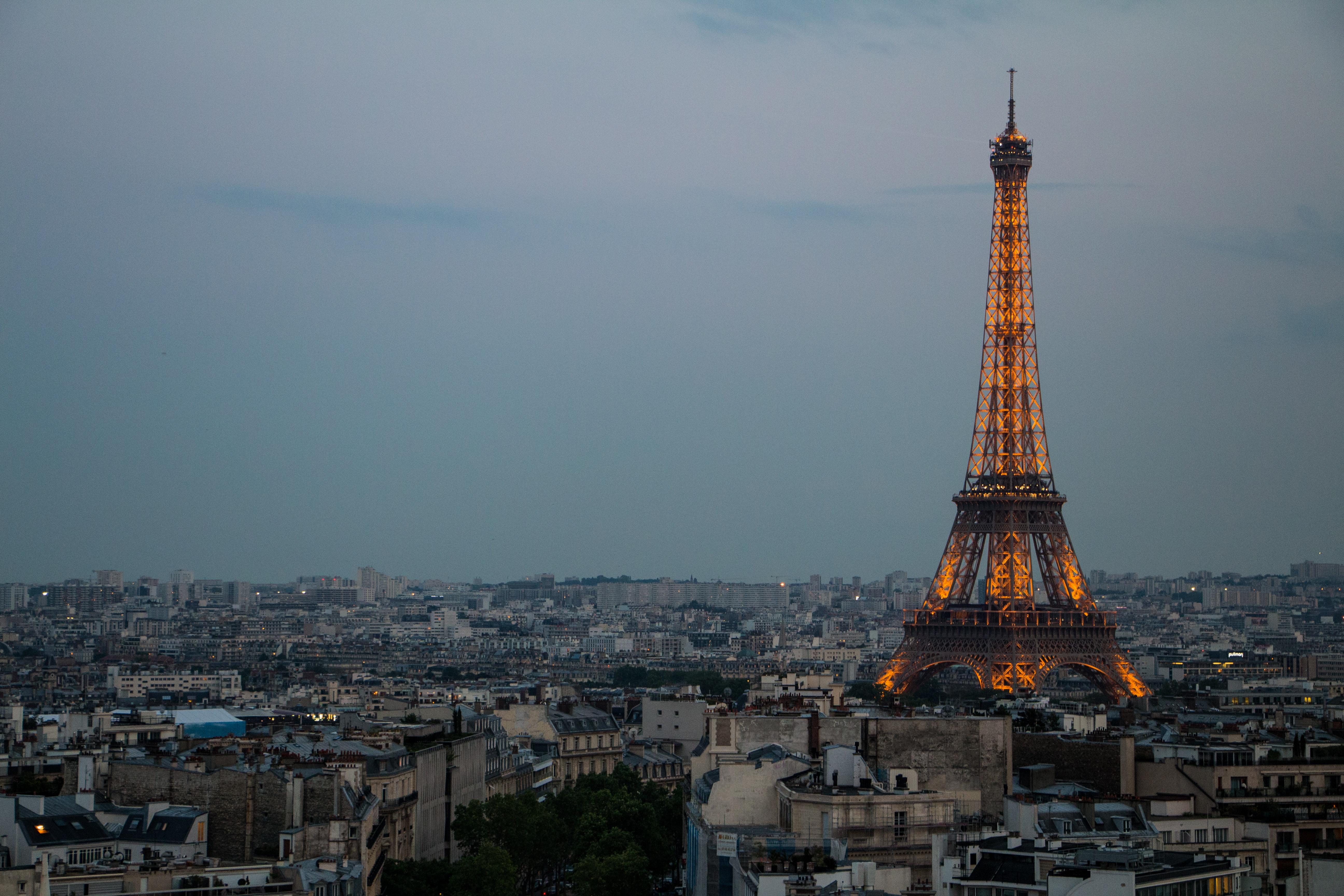 Eiffel Tower, Paris during daytime