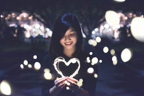 Kamu Hanya Perlu Berdamai Dengan Hati (Prosais)