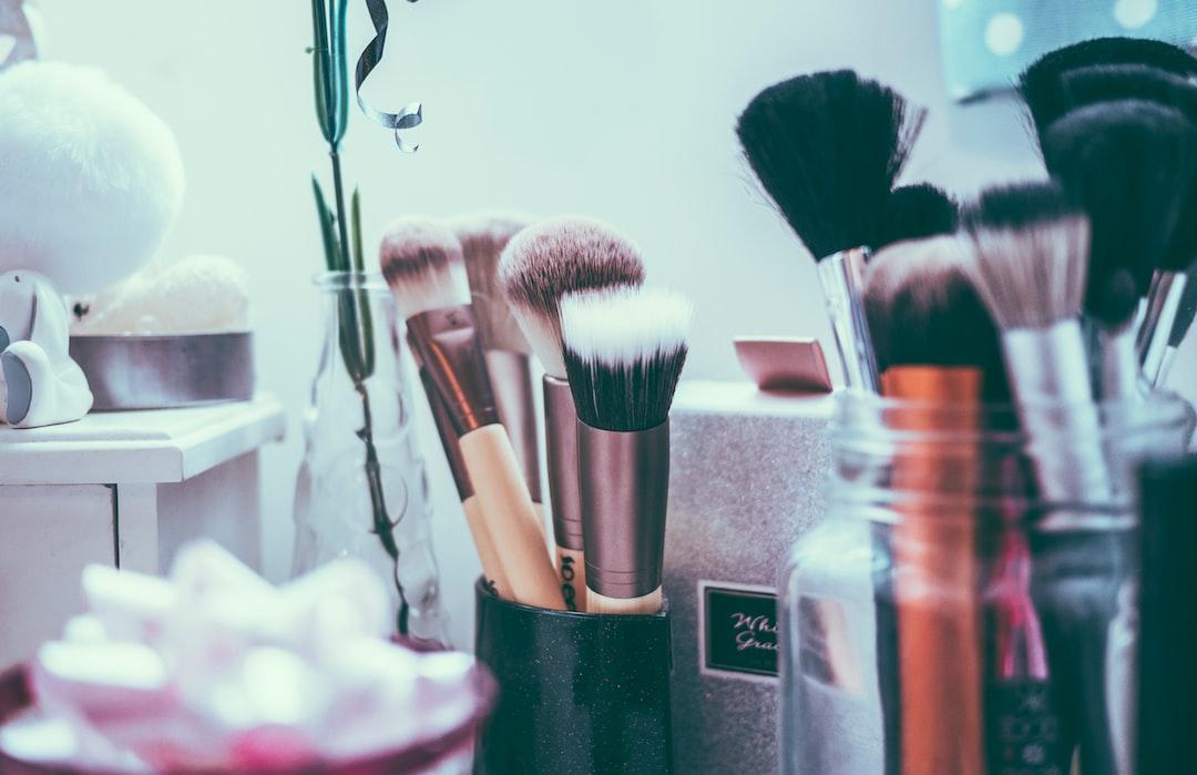Beauty salon brushes