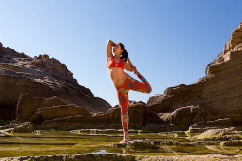 manfaat yoga untuk menurunkan berat badan
