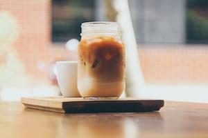 4158. Kávé