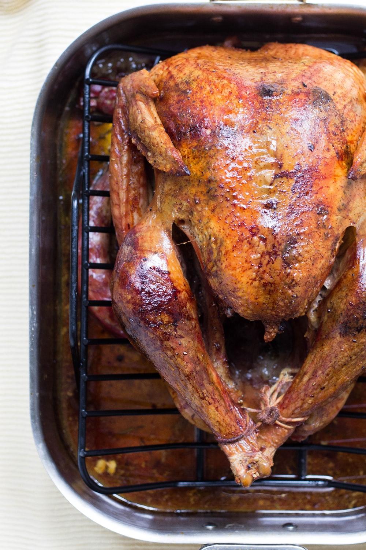 chicken roast on roasting pan
