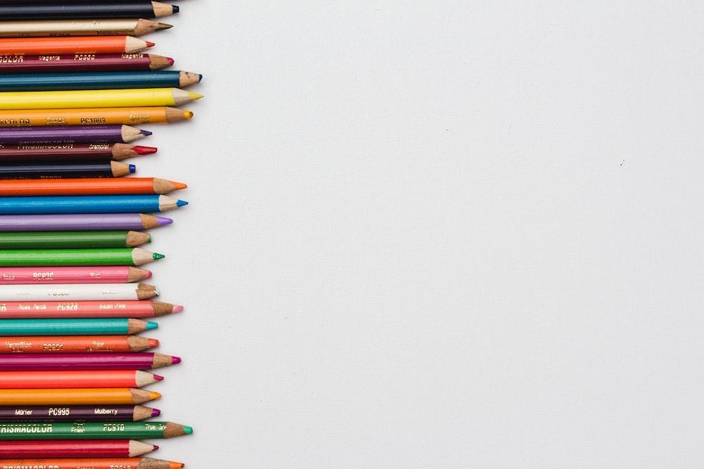 pile of color pencils