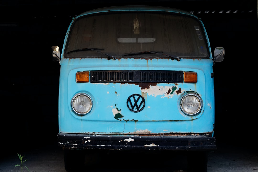 The legendary VW Kombi is with no doubt the most famous van in the world.The last of these nostalgic vans were produced in Brazil and in 2013 Volkswagen pulled the plug after more than 60 years of production, due to new safety regulations.This one is located in Megalopoli In Greece.