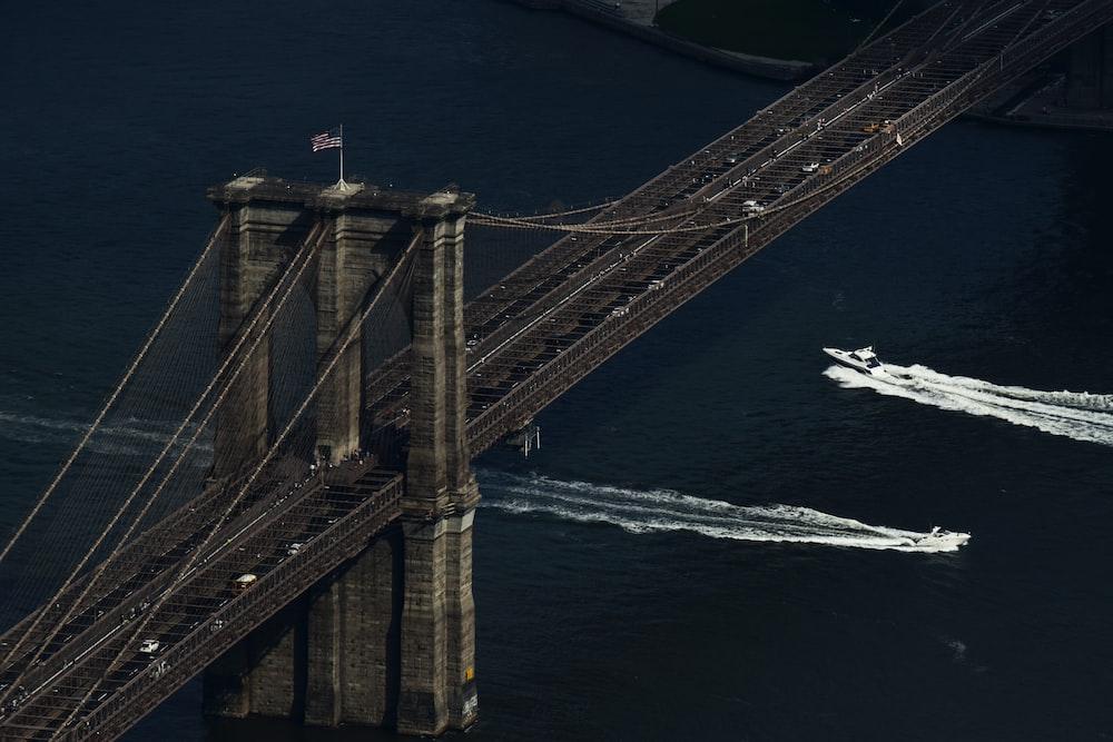 aerial view of Brooklyn Bridge during daytime