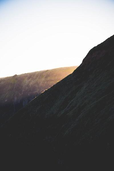 Light cliff.