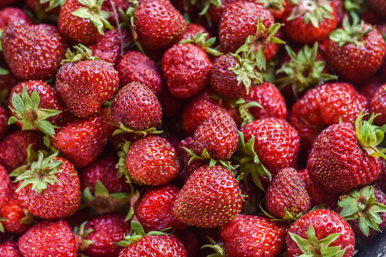 bunch of strawberries