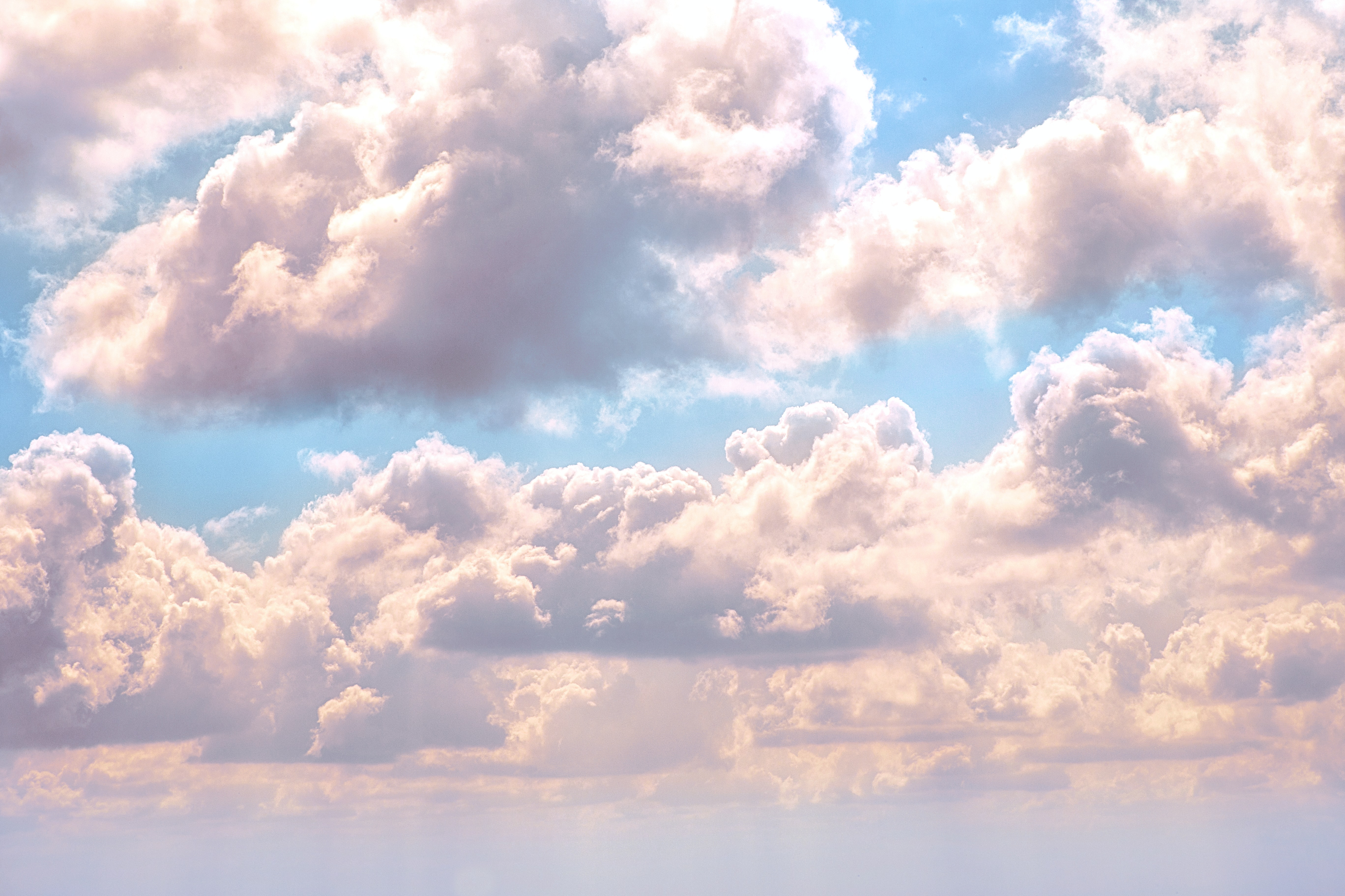 cloudy sky at daytime