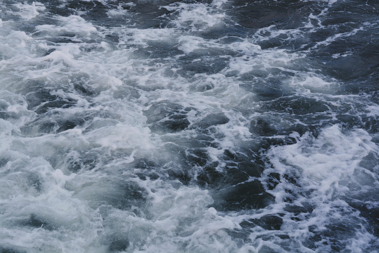 waves on ocean