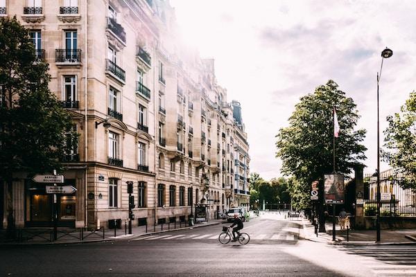 PARIS'S MAYOR WANTS TO BUILD A '15-MINUTE CITY'