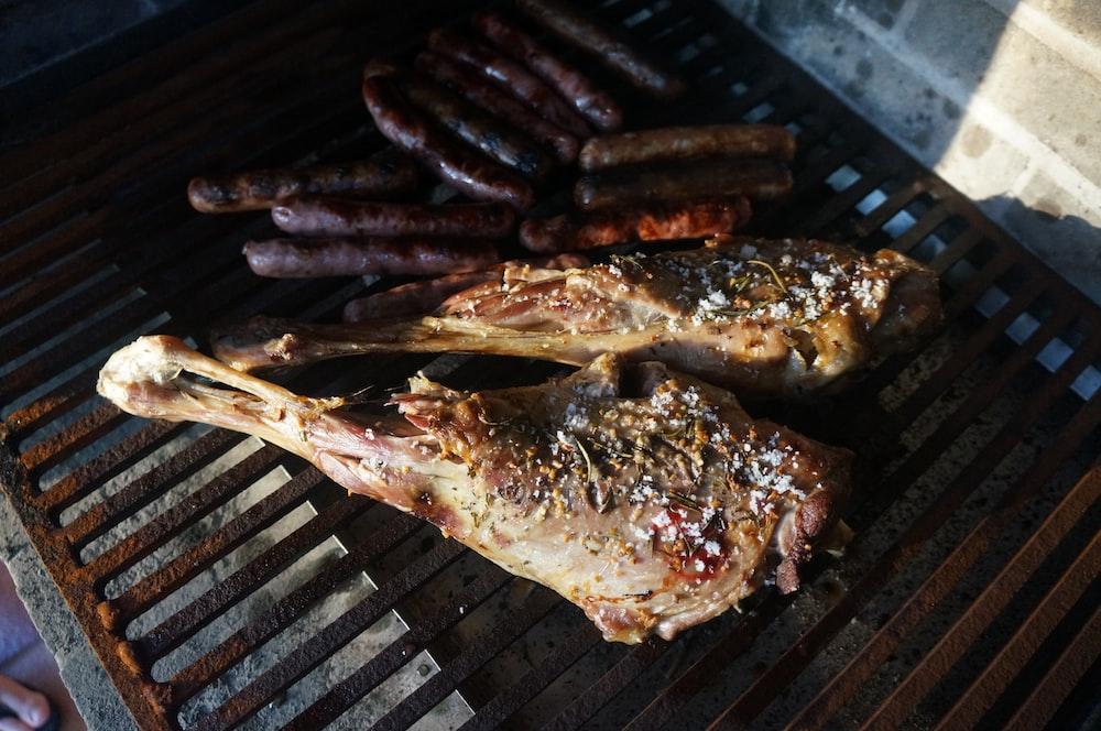 grilled chicken on brown steel griller