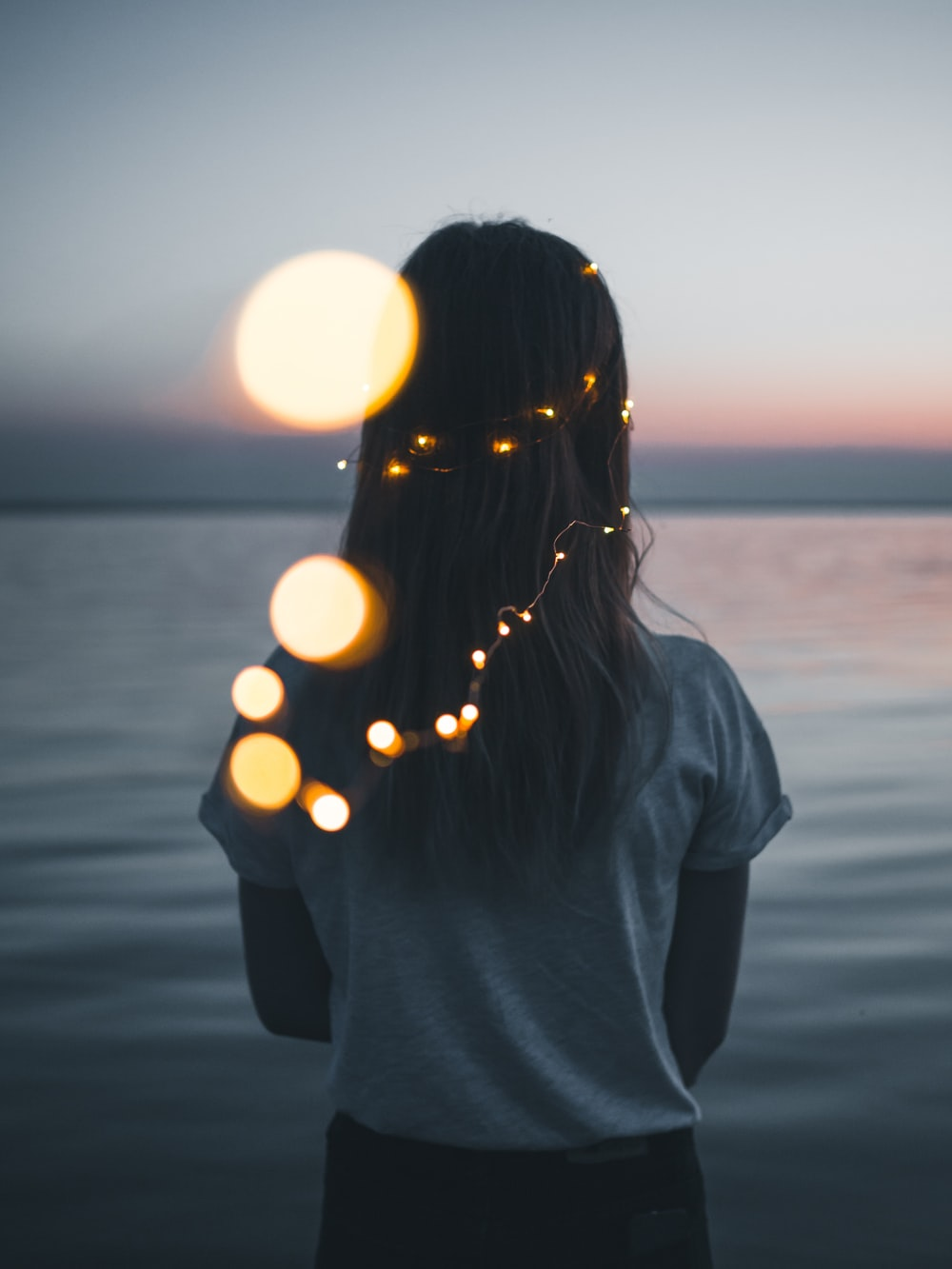 Aesthetic Girl 74 Best Free Aesthetic Girl Woman And Person Photos On Unsplash
