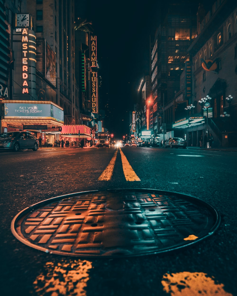 Download Free Images On Unsplash: Manhole, Street, Avenue And Pavement HD Photo By Yeshi