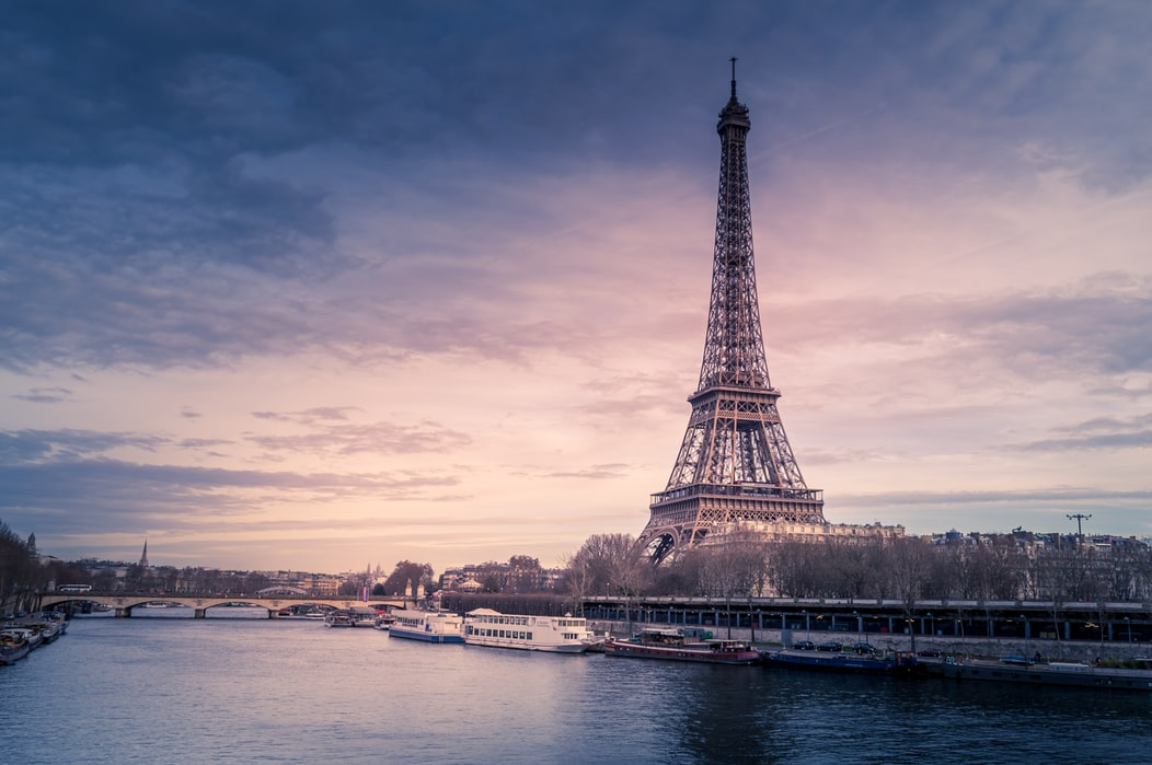 Eiffel tower dining experience
