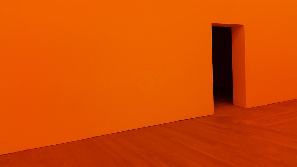 orange room with open door