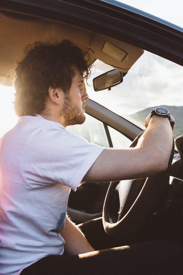IL mercato dell'auto cresce in corrispondenza con le migliori occasioni di auto usate reperibili, grazie anche alla rete ed alle sue implementate capacità di confronto tra modelli di auto a disposizione