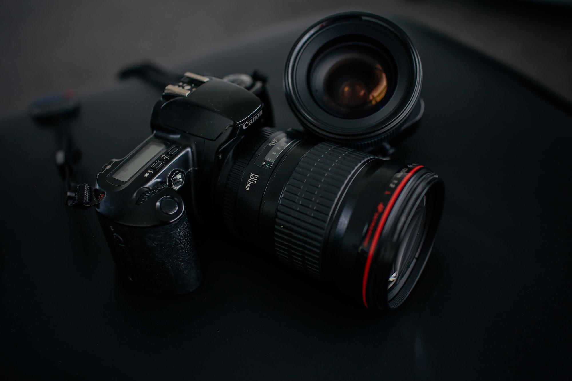 Canon camera 135mm lens