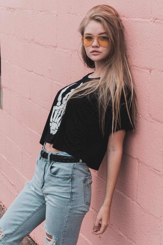 women's black and white shirt