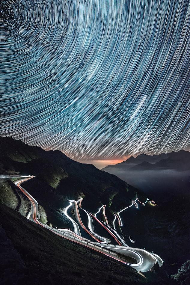 Звёздное небо и космос в картинках - Страница 5 Photo-1503410759647-41040b696833?ixlib=rb-1.2