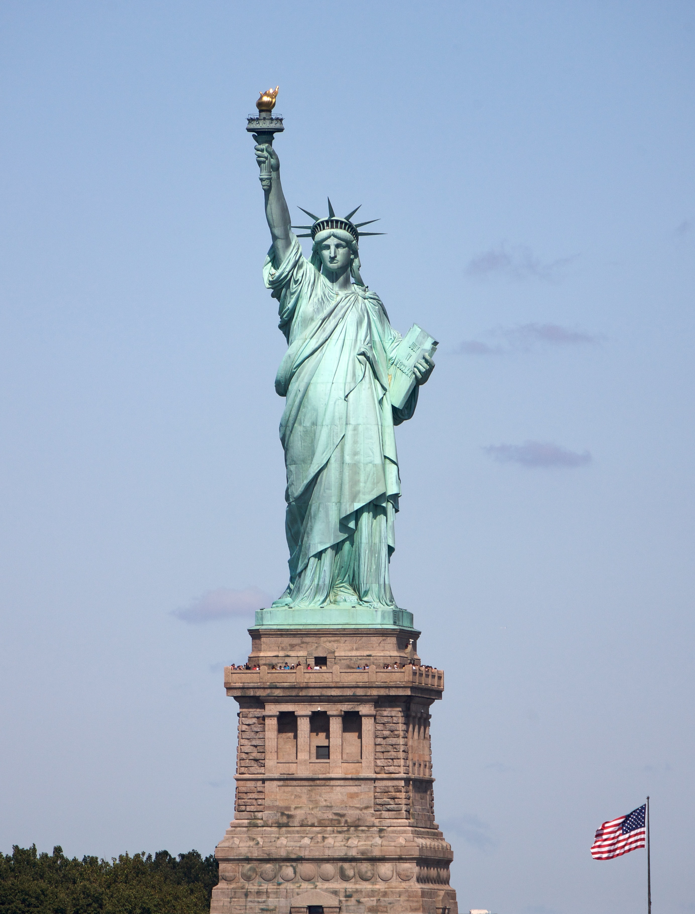 A picture of the Statue of Liberty.