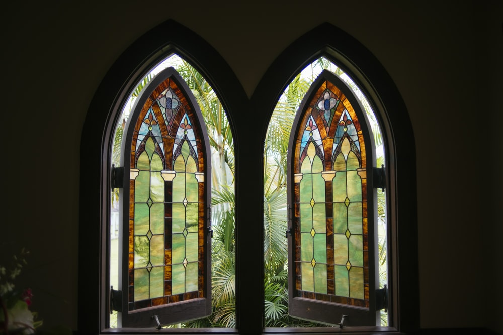 mosaic window building
