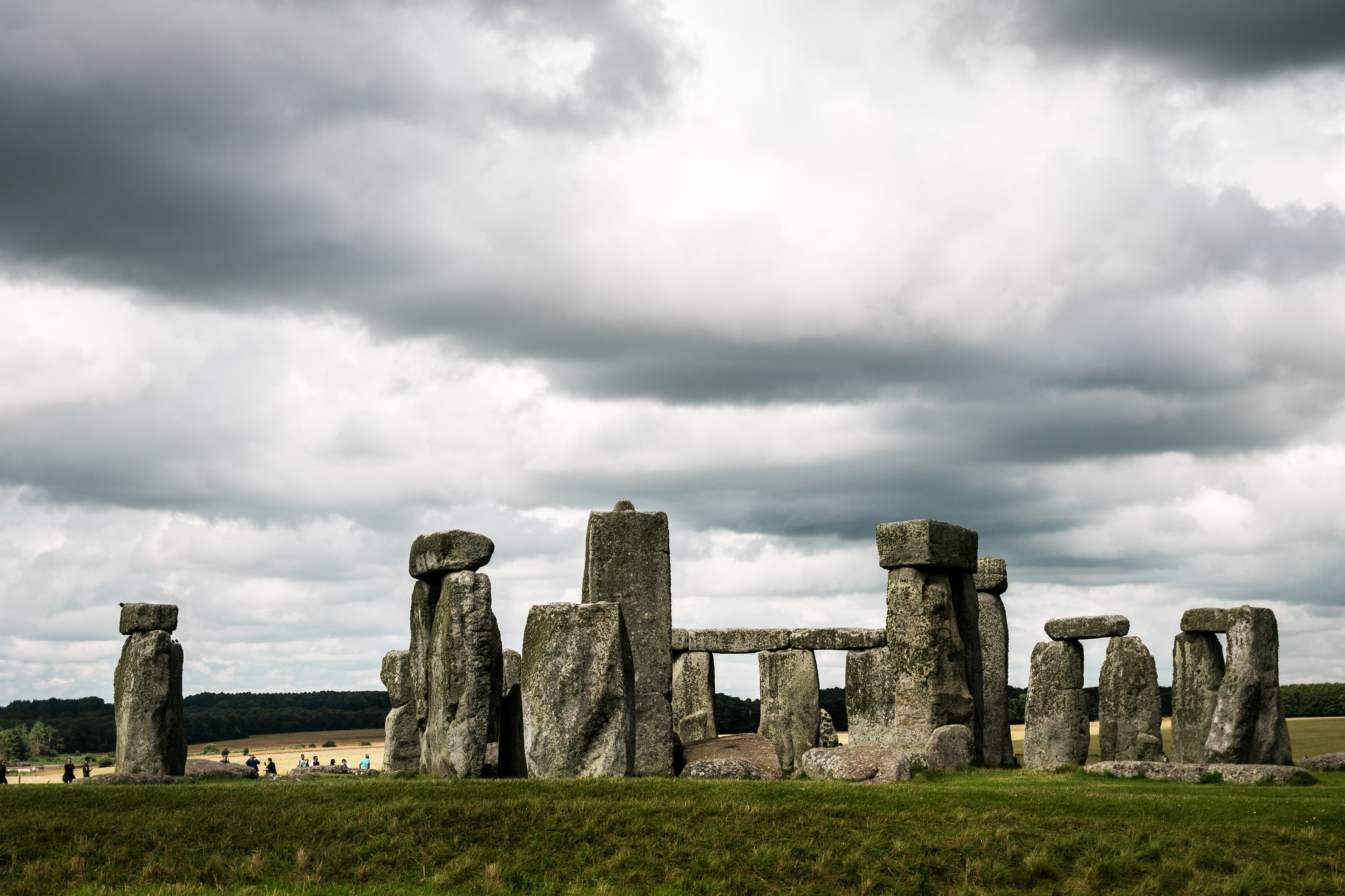 Clouds over iconic Stonehenge rock formations