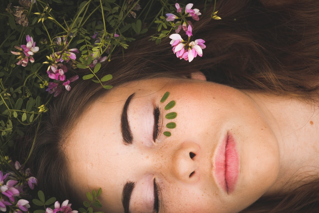 5 Ways To Heal Yourself While You Sleep