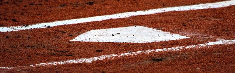 9月新学期スタート実現でスポーツ界への影響。野球・バスケ・サッカーなどでプロを目指す選手は?