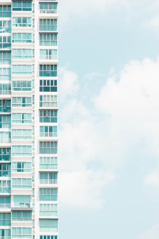 white high-rise buildinbg