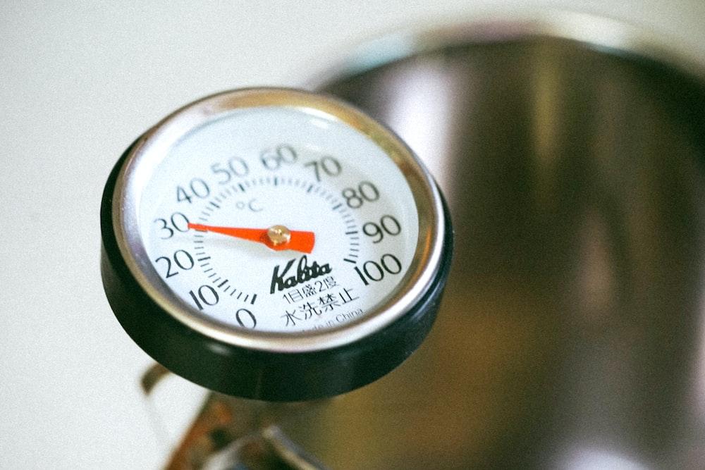 gauge showing 30