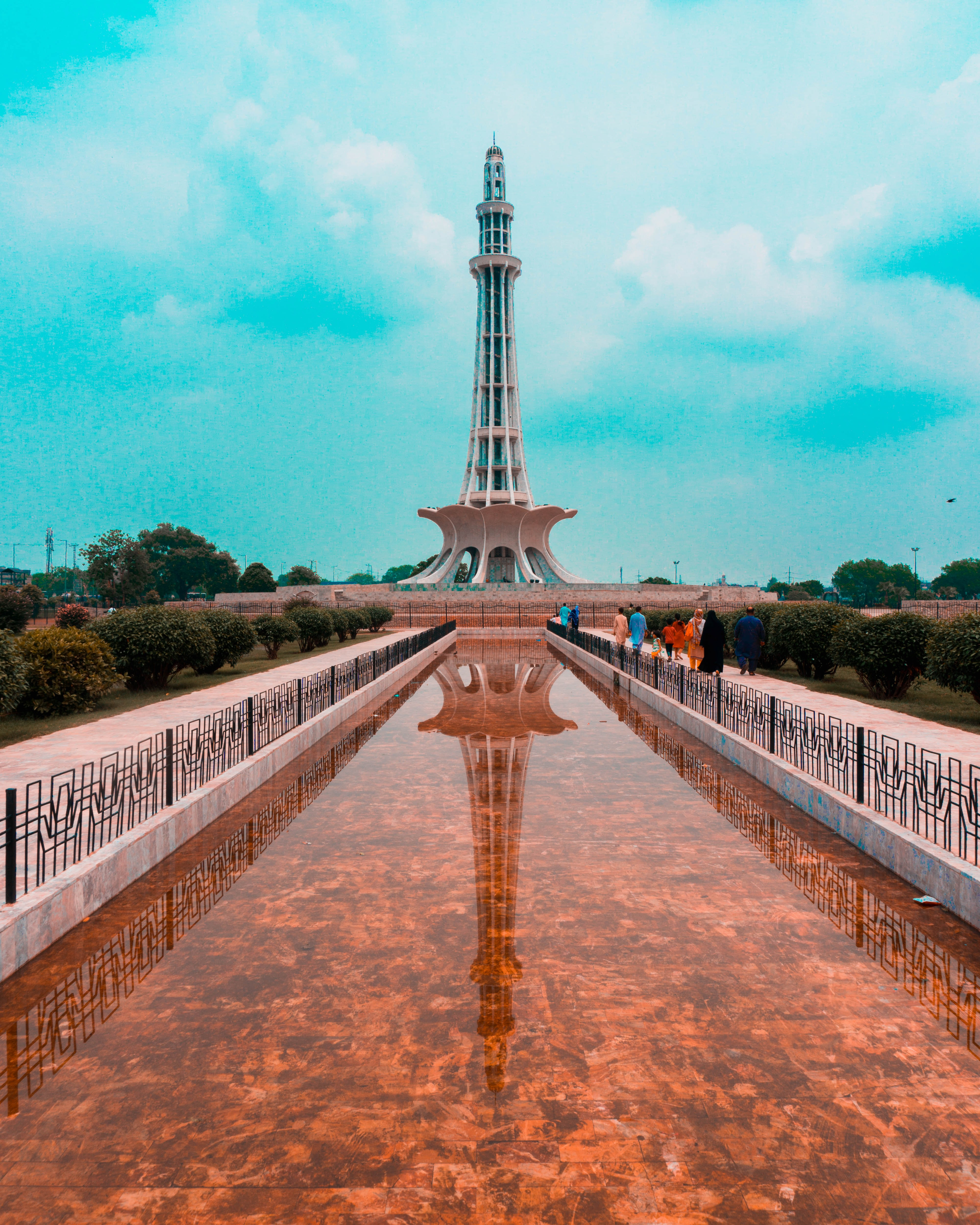 500 pakistan pictures [hd] download free images on unsplashfountain near tower during daytime