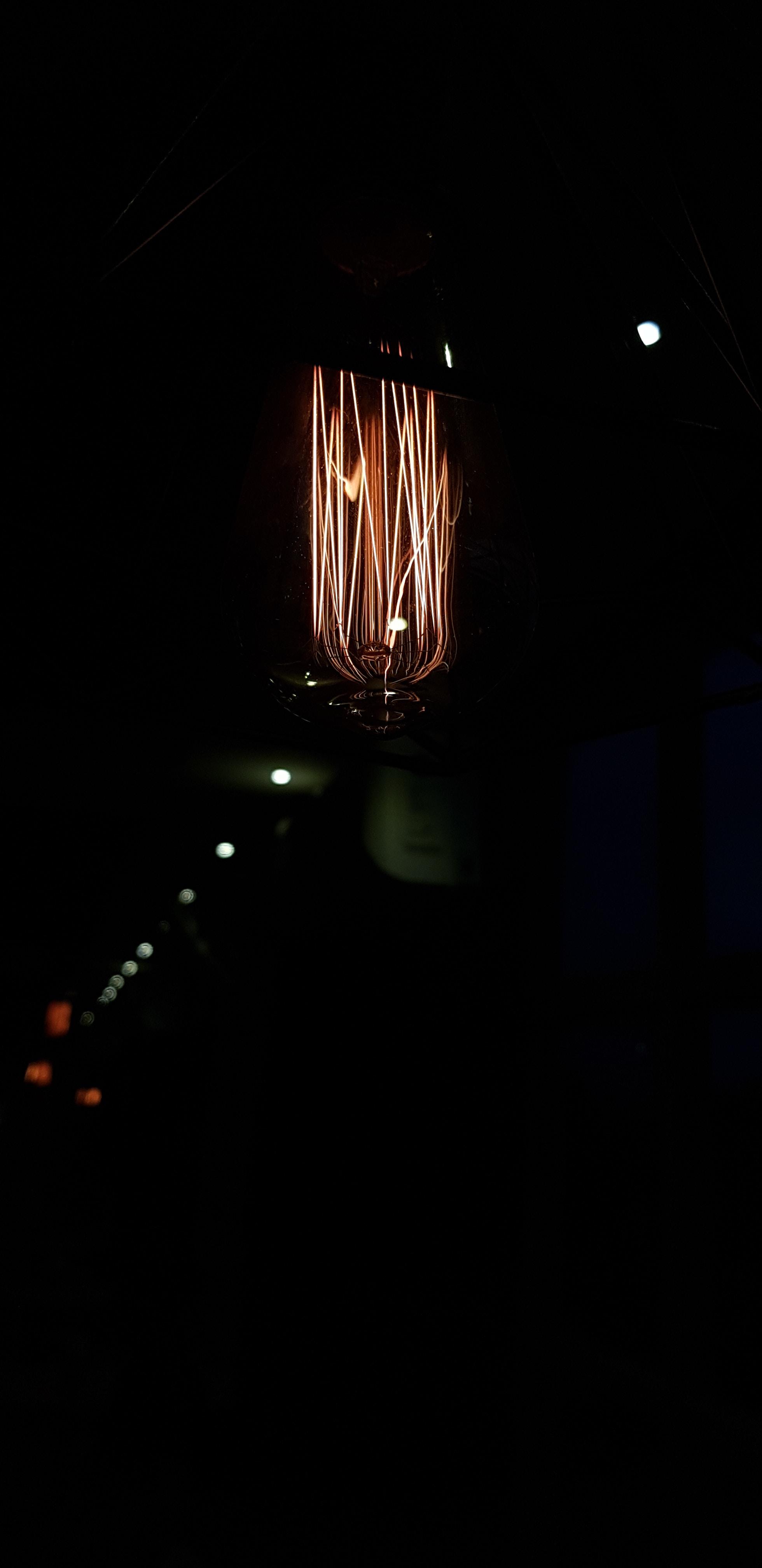 closeup photo of bulb light
