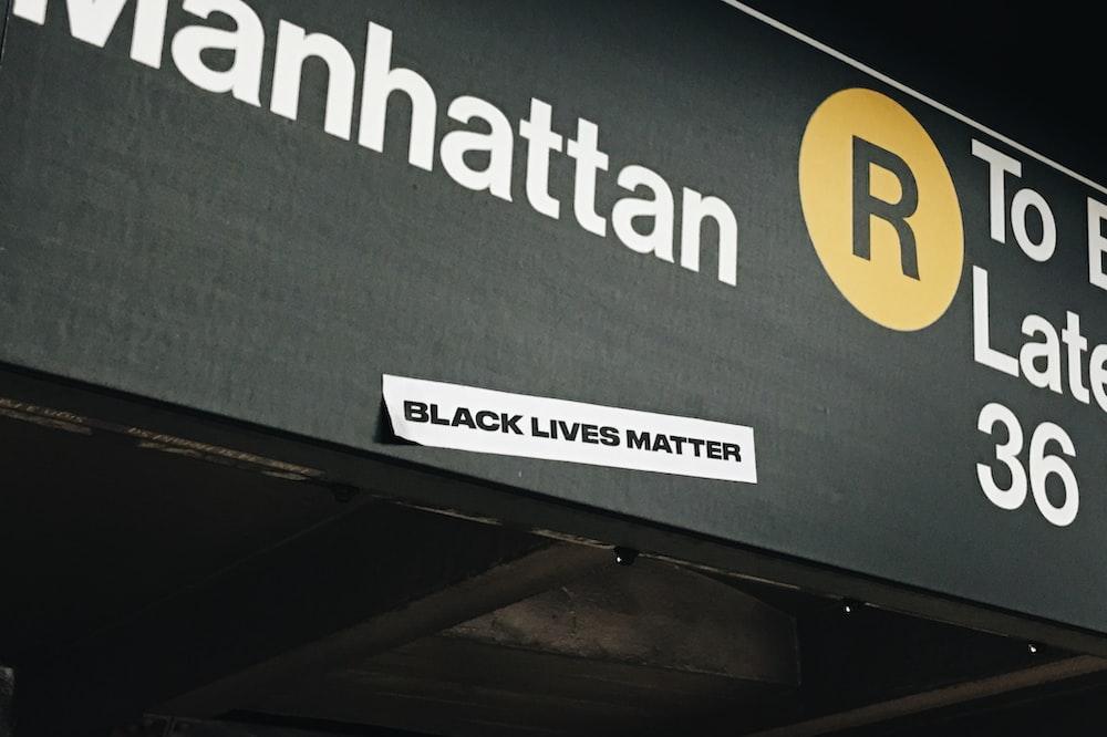 Manhattan signage